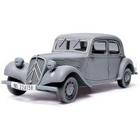 TAMIYA 32517 Citroën Traction 11CV 1/48
