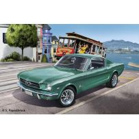 FORD MUSTANG 2+2 FASTBACK 1965 1/24