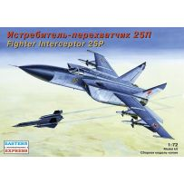 MIKOYAN-GUREVICH MIG-25P RUSSIAN JET FIGHTER INTERCEPTOR 1/72
