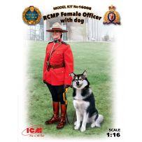 ICM 16008 RCMP FEMME OFFICIER AVEC CHIEN 1/16