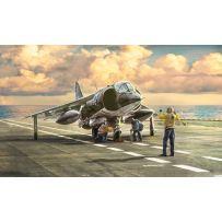 AV-8A Harrier 1:72