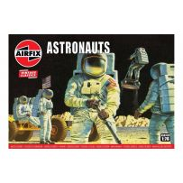 Astronauts 1/76