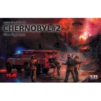 Chernobyl#2. Fire Fighters (AC-40-137A firetruck & 4 figures & diorama base with background) 1/35