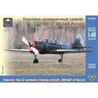 Yakovlev Yak-52 aerobatic 1/48