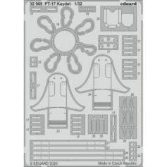 PT-17 Kaydet 1/32