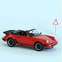 Porsche 911 RS 1973 - White with red deco 1/18
