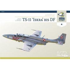 TS-11 Iskra Model Kit 1/72