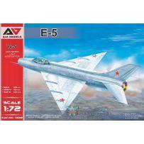 Modelsvit MSVI-AAM7222 - Intercepteur léger pré-série Ye-5 1/72