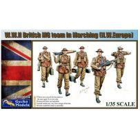 L'équipe britannique MG de la Seconde Guerre mondiale en marche 1/35