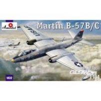 Martin B-57B/C 1/144