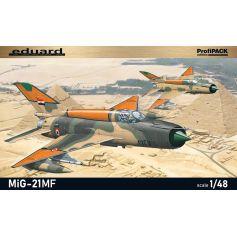 Soviet Cold War jet fighter plane MiG-21MF 1/48