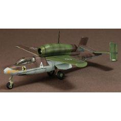 Heinkel He162 Salamander 1/72