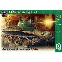 ARK MODELS AK 35027 BT-7M RUSSIAN LIGHT TANK