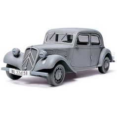 Citroen Traction 11cv 1/48