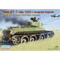 EASTERN EXPRESS 35109 BT-7 RUSSIAN LIGHT TANK, MODEL 1935, LATE VERSION 1/35