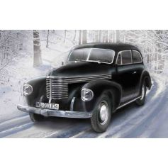 ICM 35476 KAPITÄN 2-DOOR SALOON, WWII GERMAN STAFF CAR 1:35