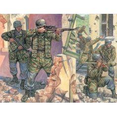 Parachutistes Allemands 1/72
