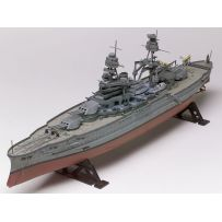 REVELL 10302 USS ARIZONA BATTLESHIP 1:426