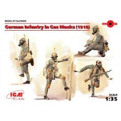German Infantry in Gas Masks 1918 4 figures 1/35